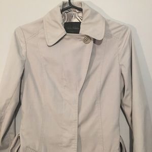 🐝 Aritzia Babaton -Trench Coat Xs - great cond